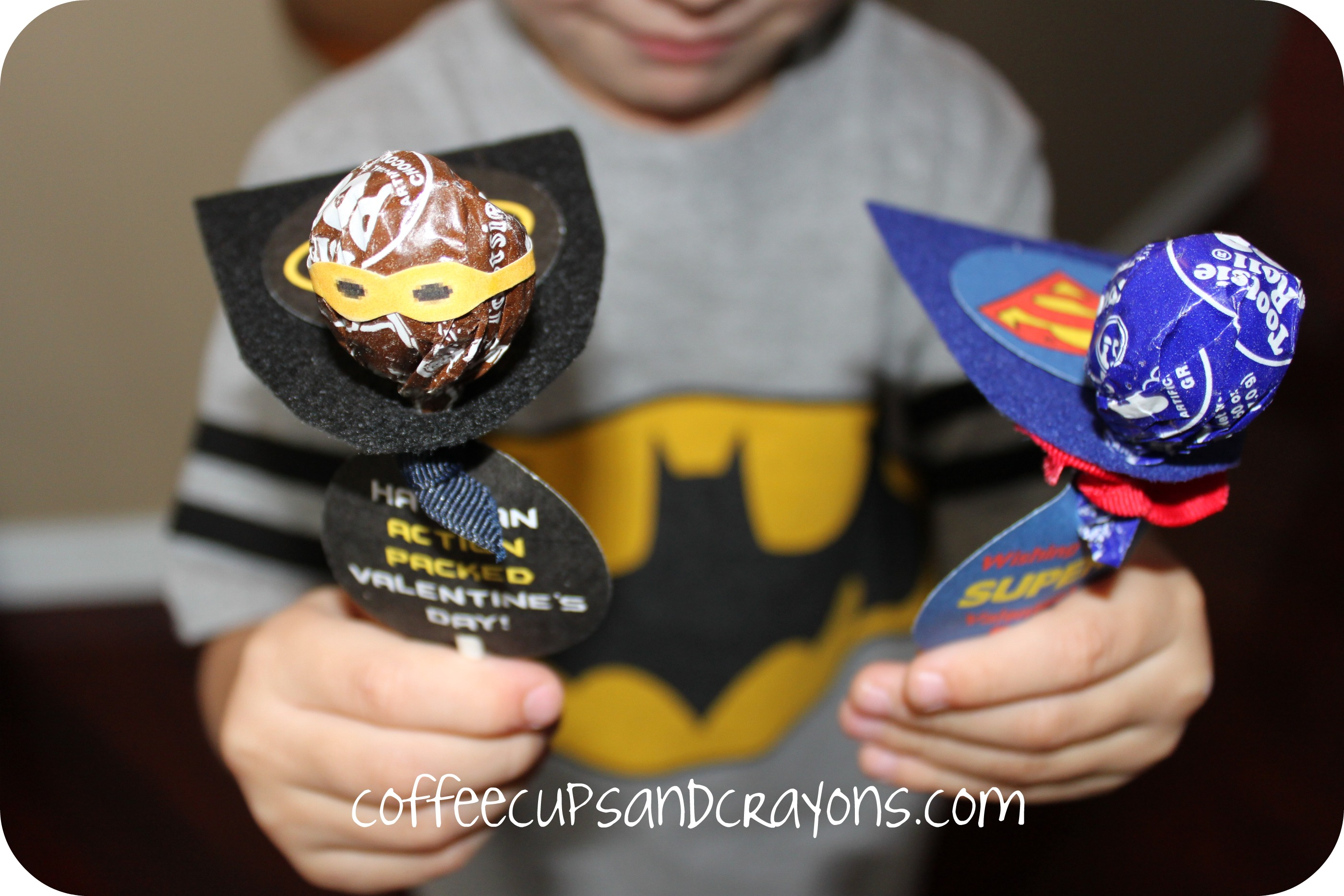 Superhero lollipop valentines