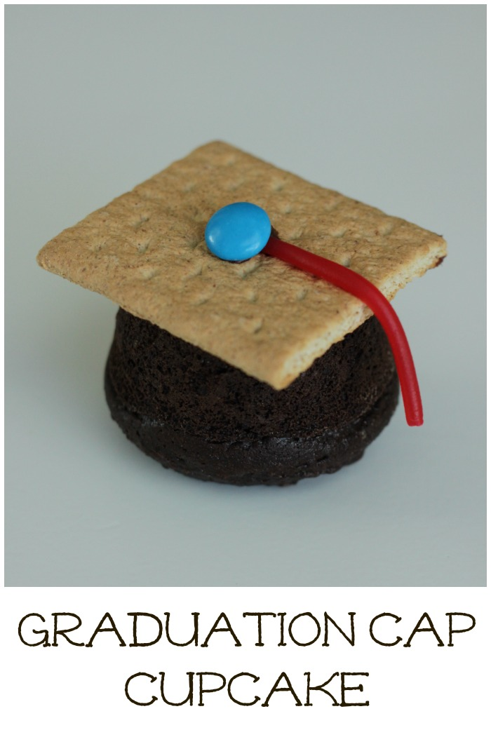 Graduation Cap Cupcake Recipe! Perfect for Preschool and Kindergarten Graduations or a High School Graduation Party!