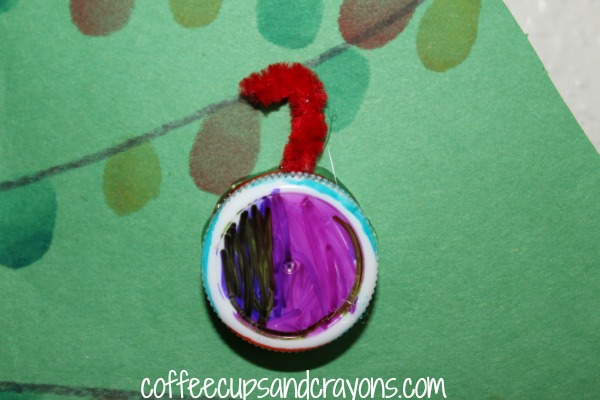 Make a Christmas Ornament out of a Bottle Cap