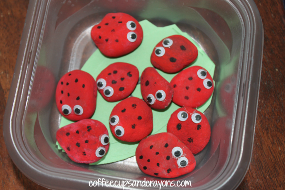 Preschool Busy Bag Activity! A Ladybug Math Number Match and Counting Game perfect for quiet time!