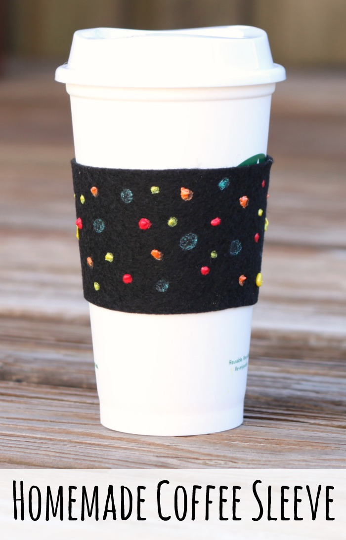 Homemade Coffee Sleeve Craft for Kids! A great homemade gift to go with a Starbucks reusable cup!