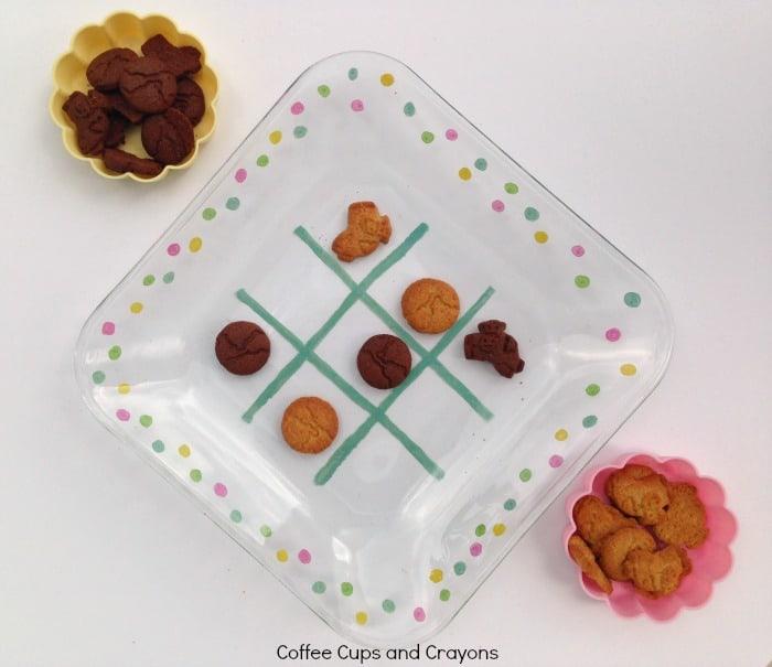 DIY Tic Tac Toe Snack Plate!