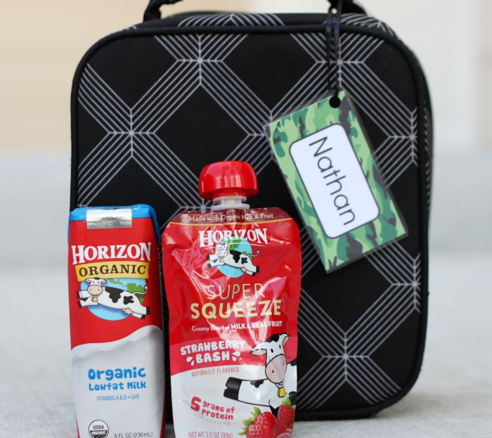 Free printable lunch box tags and some favorite snacks are a great way to get kids excited about going back to school!