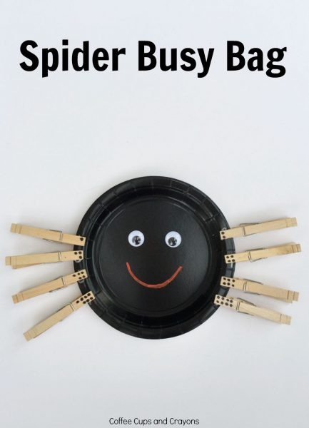 A Spider Fine Motor and Number Matching Busy Bag! Simple, adorable, fun!