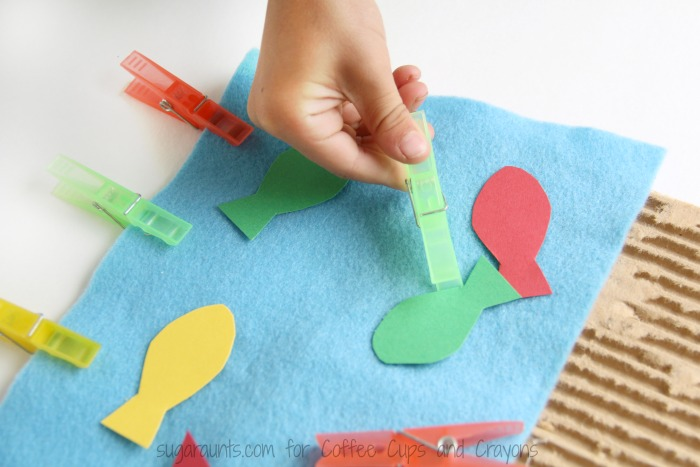 A Color matching fine motor busy bag is a great way to learn colors and build fine motor skills.