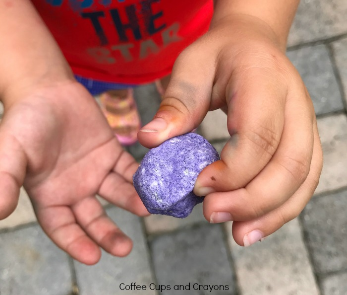 How to make and use worry stones with kids!